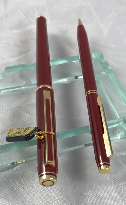 Cross Signature Burgundy Fountain Pen & Pencil