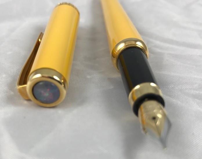 leboeuf-yellow-fountain-pen-1